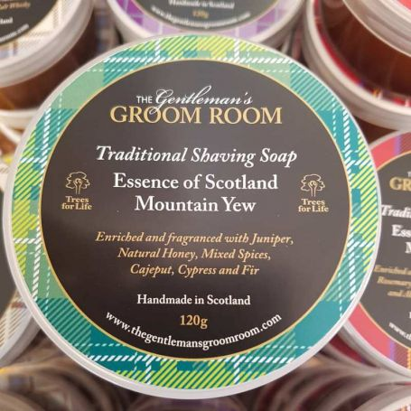 "Savon à barbe artisanal ""Mountain Yew"" - The Gentleman's Groom Room"